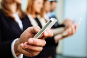 Mobile Learning - Corporate Trainers Guide to Mobile Learning Implementation & Delivery